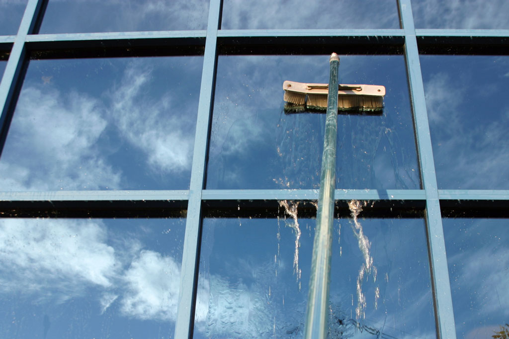 Window-Cleaning-2a-1024x